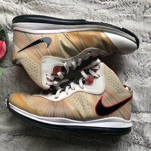 Men's Nike Lebron 8 V/2 Home Sneaker Sz 14